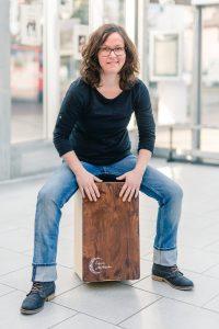 Carmen Schäfer, Musikpädagogin, Cajon und Percussion